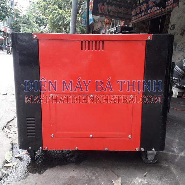 Máy phát điện công nghiệp Yarmax 6700T