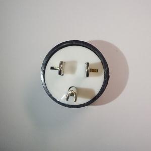 Giắc cắm máy phát điện